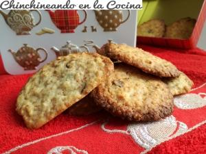 Cookies con cubitos de almendra y chocolate