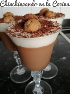 Mousse de chocolate y nata